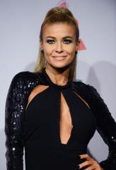 Carmen Electra releases new single, wants to 'empower' those who listen to it