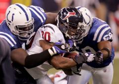 NFL: Indianapolis 33, Houston 27