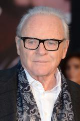 Anthony Hopkins writes fan letter to Bryan Cranston