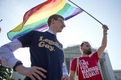 U.S. Senate passes bill to end workplace discrimination for gays