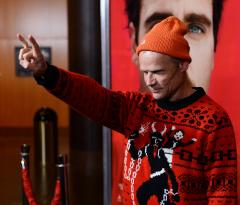 Red Hot Chili Peppers bassist Flea plans to write a tell-all memoir