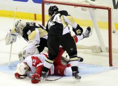 Pittsburgh Penguins defeat Detroit 4-3