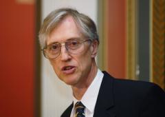Nobel recipient works on space telescope
