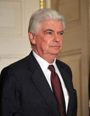 Dodd draws Democratic Senate challenger