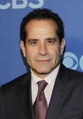Tony Shalhoub joins 'Nurse Jackie' ensemble