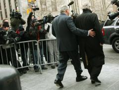Key SEC official in Madoff inquiry resigns