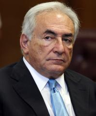 Report: Strauss-Kahn drops political hopes