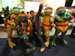 Bay reveals new 'Ninja Turtles' mythology