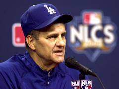 Dodgers' coaching staff to return in 2010
