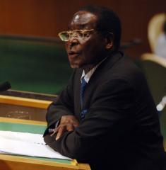 Mugabe forces march in Zimbabwe capital