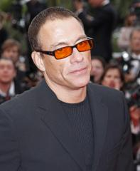 Van Damme recovering from a heart attack