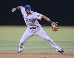 Texas Rangers earn win streak against White Sox