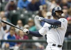 Mariners cut Bradley loose