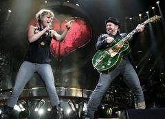 'Machine' tops U.S. album chart