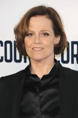 James Cameron confirms Sigourney Weaver will appear in future 'Avatar' films