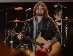 Billy Ray Cyrus releases 'Achy Breaky Heart' sequel