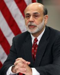Bernanke calls for action on deficit