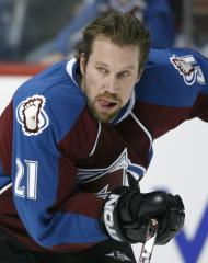 Forsberg quits 2 games into comeback try
