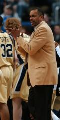 Georgia Tech fires basketball coach Hewitt