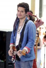 John Mayer performs cover of Beyoncé's 'XO'