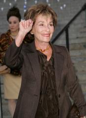 Judge Judy settles, returns pricey china