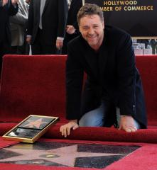 Crowe gets star on Hollywood Walk of Fame