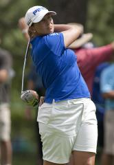 Stanford in front at LPGA Singapore event