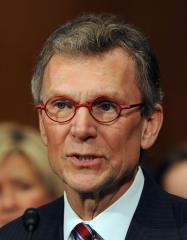 Daschle's exit may slow healthcare reform