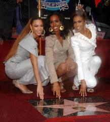Williams says no Destiny's Child reunion planned for Super Bowl