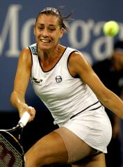 Pennetta sharp in second-round win
