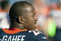 Broncos put McGahee on injured reserve