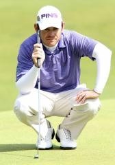 Oosthuizen rallies for European Tour win