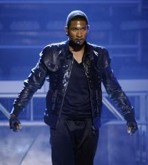 Report: Usher may re-hire mom as manager