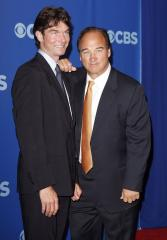 Belushi, O'Connell team up for CBS series