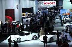 Auto sales slow in December of a very good year