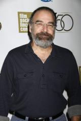 Mandy Patinkin shaves off iconic 'Homeland' beard