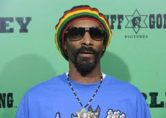 Snoop Dogg gets Australian visa despite petition from women's rights activists