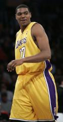 Bynum fined for comments on officiating