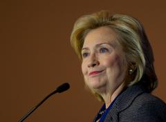 Hillary Clinton takes a swipe at Fox with Super Bowl tweet