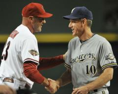 D'backs extend Gibson, Towers contracts