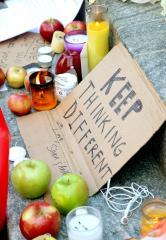 Apple, California, set Jobs memorials Sunday
