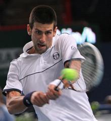 Djokovic, Federer win in three sets