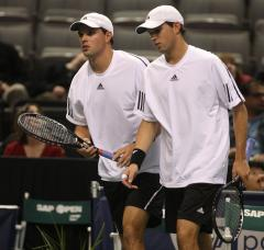 Williamses, Bryans in Open doubles finals