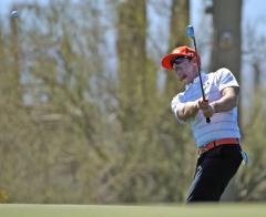 Mahan cracks golf Top 10