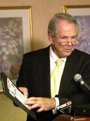 Televangelist Pat Robertson predicts President Obama will 'withdraw' in 2014 to 'go surfing'