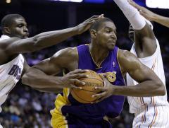 Bynum, Brooks draw NBA suspensions