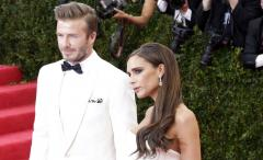 Victoria Beckham makes headlines over trendy collared sweater