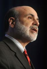 Bernanke says funds rate will remain low