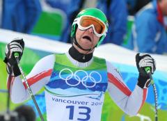 Austria's Kroell wins tight men's downhill