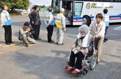 Quake rocks Japan's quake-damaged region